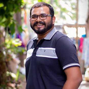 Celebrity Utsab Rocks Tech - Tring India