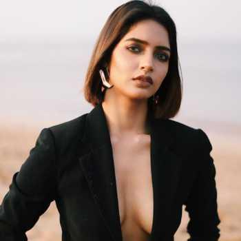 Celebrity Anjali Kasle - Tring India