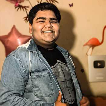 Celebrity Abhay Bhadoriya - Tring India