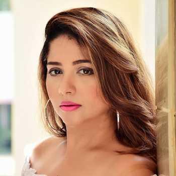 Celebrity Shweta Rastogi - Tring India