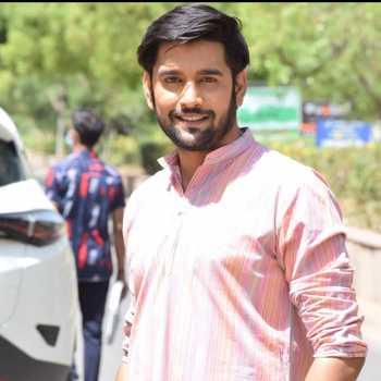 Celebrity Ankit Bhardwaj - Tring India