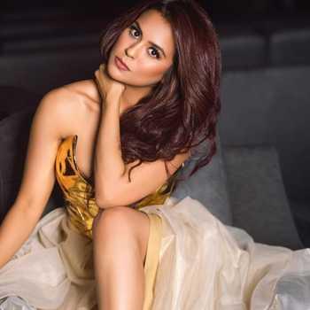 Celebrity Sana Saeed - Tring India