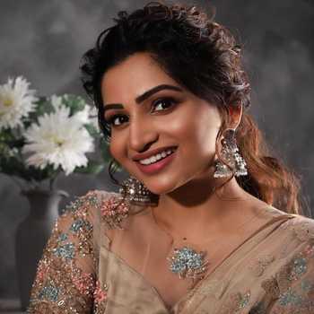 Celebrity Nakshathra Nagesh - Tring India
