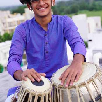 Celebrity Ved Prajapati - Tring India