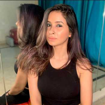 Celebrity Raveena Choudhary - Tring India