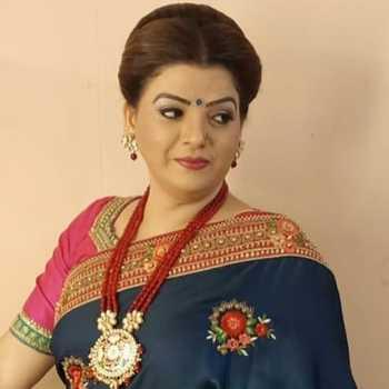 Celebrity Prachee Paathak - Tring India