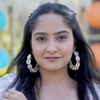 Celebrity Santvani Trivedi - Tring India