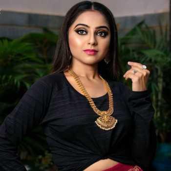Celebrity Dhanya Deepika - Tring India