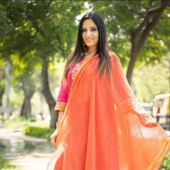 Celebrity Bhumika Rathore - Tring India