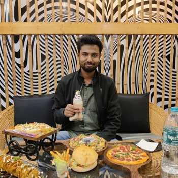 Celebrity Lalit Bhandure - Tring India