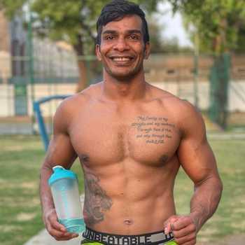 Celebrity Pawan Gupta - Tring India