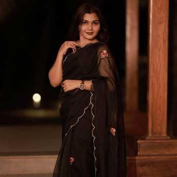 Celebrity Aishwarya Karayil - Tring India