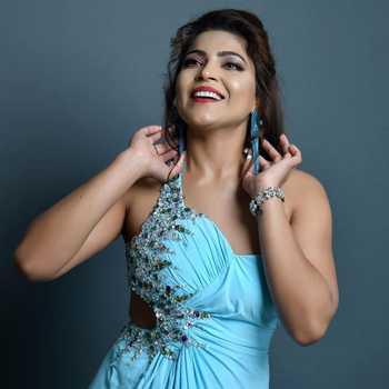 Celebrity Dr. Tanya Chaudhari - Tring India