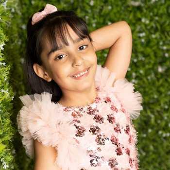 Celebrity Mannat Murgai - Tring India