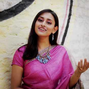 Celebrity Debanjana Karmakar - Tring India