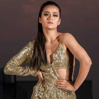 Celebrity Aradhana Sharma - Tring India
