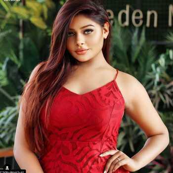 Celebrity Shruti Kulshrestha - Tring India