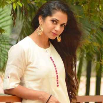 Celebrity Sonali Swami - Tring India