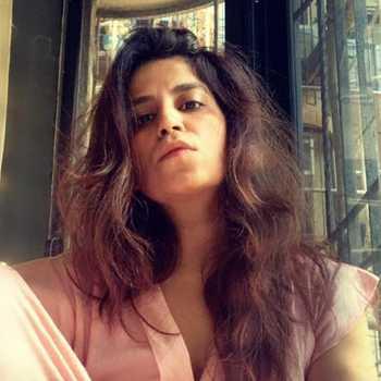 Celebrity Anuradha Khurana - Tring India