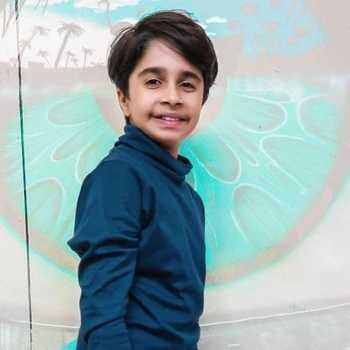 Celebrity Aaryan Prajapati - Tring India