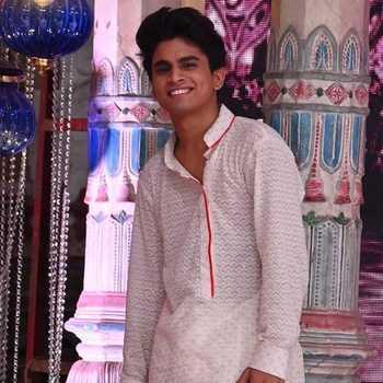 Celebrity Piyush Gurbhele - Tring India