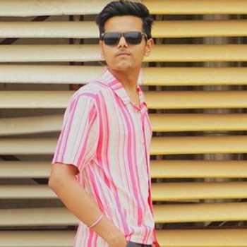 Celebrity Mihir Pandey - Tring India