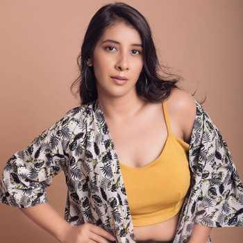 Celebrity Bhawna Ahuja - Tring India