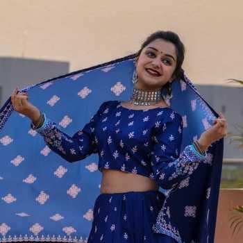 Celebrity Megha Chaubey - Tring India