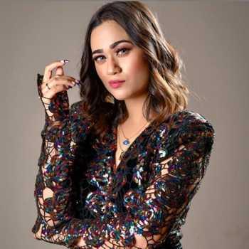 Celebrity Shriya Jain - Tring India
