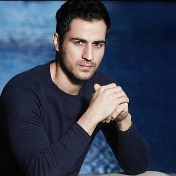 Celebrity Sajjad Delafrooz - Tring India