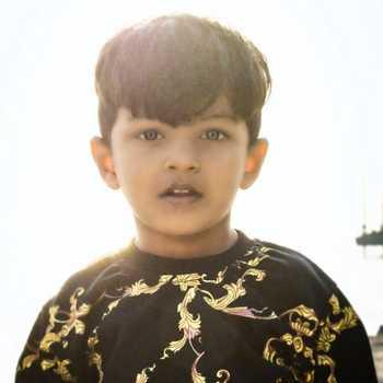 Celebrity Ayaz sayyed - Tring India