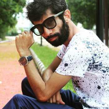 Celebrity Ruchir Saxena - Tring India