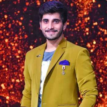 Celebrity Nachiket Lele - Tring India
