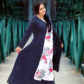 Celebrity Yogita Joshi - Tring India