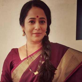 Celebrity Ritu Seth - Tring India