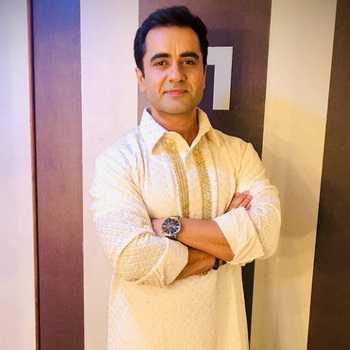 Celebrity Karan Kaushal Sharma - Tring India