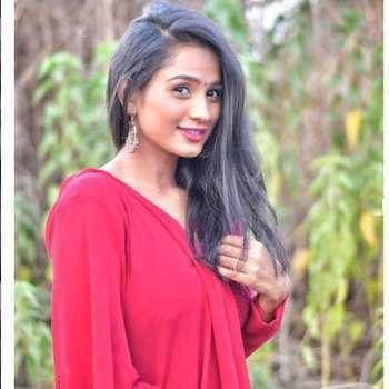 Celebrity Divya Subhash - Tring India