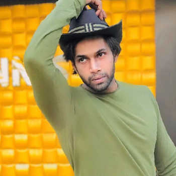 Celebrity Shabaaz Abdullah Badi - Tring India