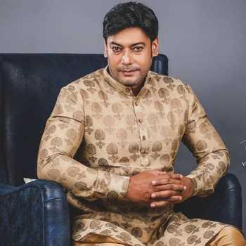 Celebrity Shantanu S. Moghe - Tring India