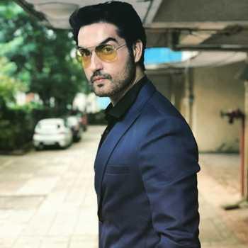 Celebrity Kunal Bakshi - Tring India