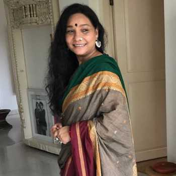 Celebrity Sunita Rajwar - Tring India