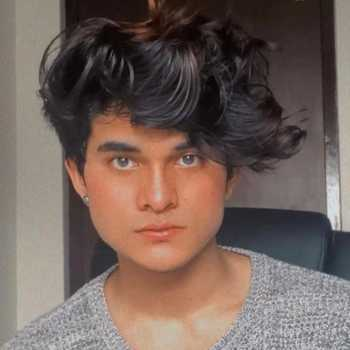 Celebrity Anshul Gorba - Tring India