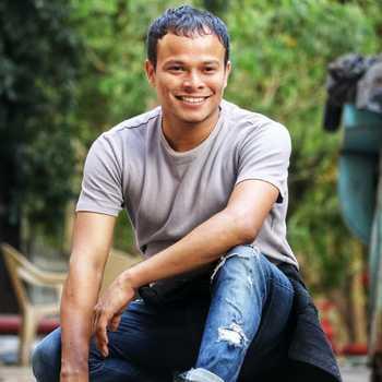 Celebrity Zafar Warsi - Tring India