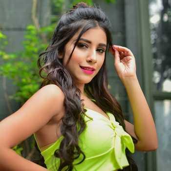Celebrity Sneha Bhawsar - Tring India