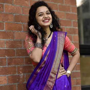 Celebrity Rashmi Anpat - Tring India