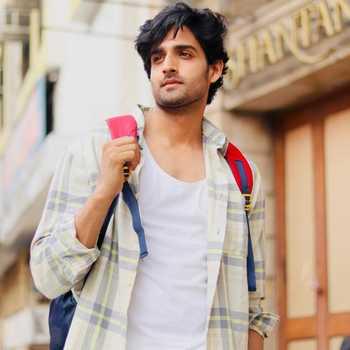 Celebrity Farman Haider - Tring India