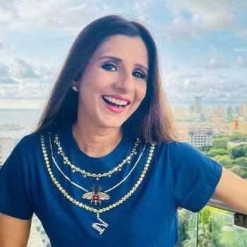 Celebrity Neha Modi Jalan - Tring India