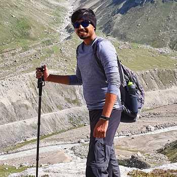 Celebrity Saurav Sagtani - Tring India