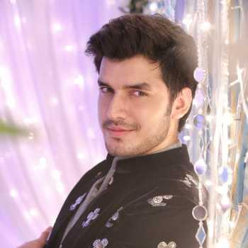 Celebrity Paras Bhushan Kalnawat - Tring India