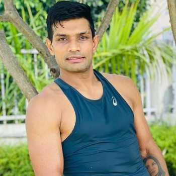 Celebrity Deepak Hooda - Tring India